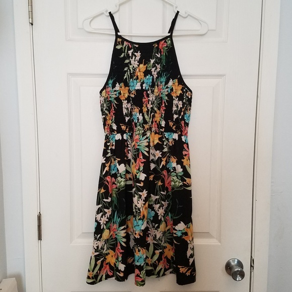 3f4fbe9deecc Black floral dress tropical dress sun dress summer.  M 5b576450de6f626b79813183
